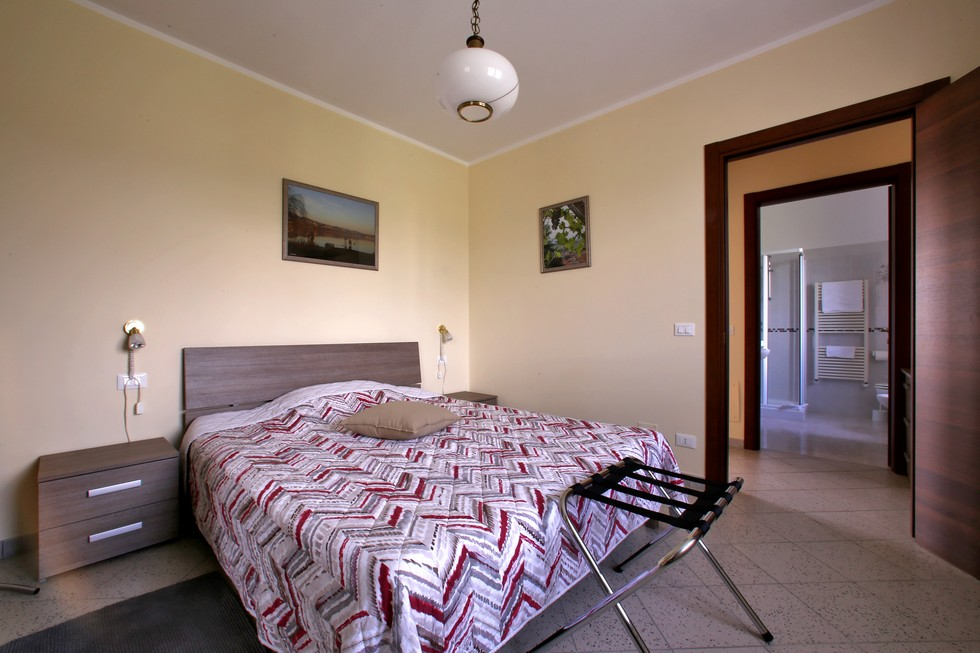 Camera doppia con bagno privato in appartamento vacanze
